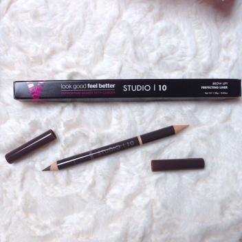 Studio_10_Crayon_sourcils_glossybox
