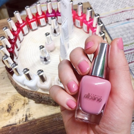 Vernis_ongles_Camille_albane_nouveaux_rose_nude